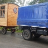 800px-Eichenholzwagen_Neuaufbau_mit_landwirtschaftlichem_Fahrwerk
